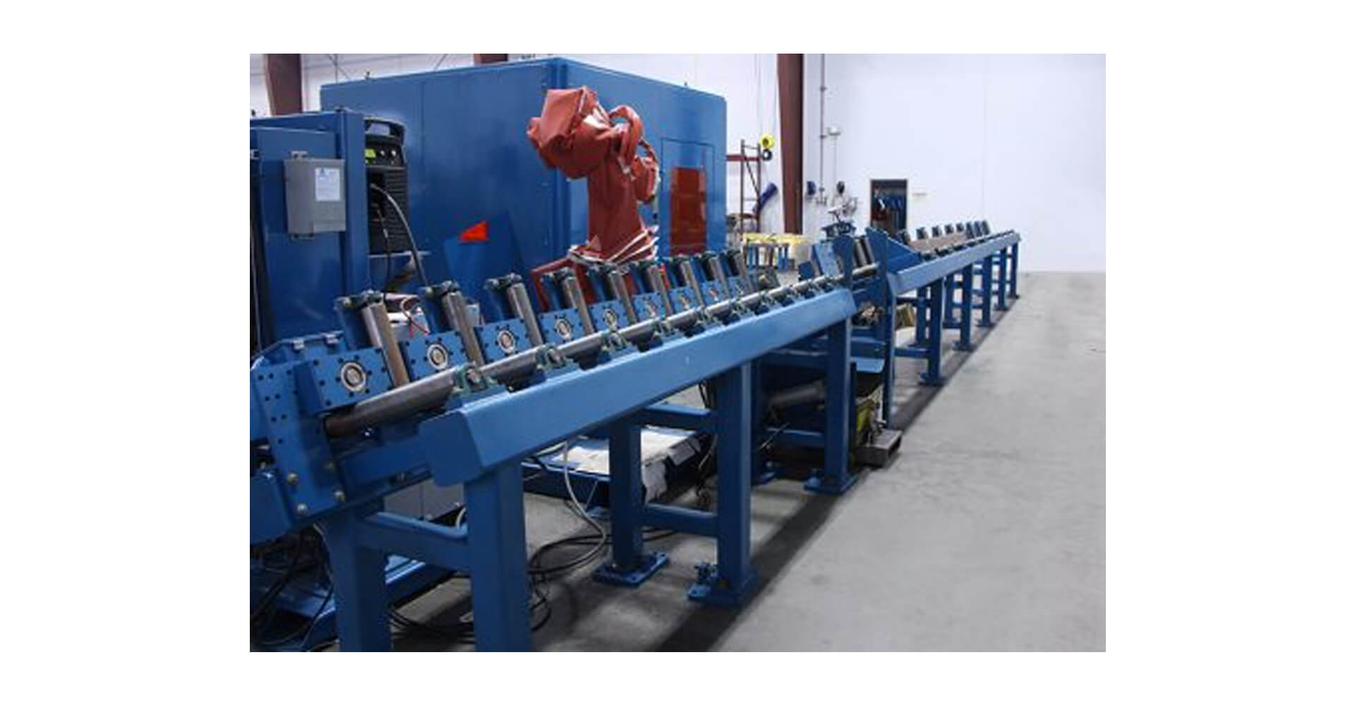 RPAC-1000_Robotic Plasma Cutting Machine with Conveyor