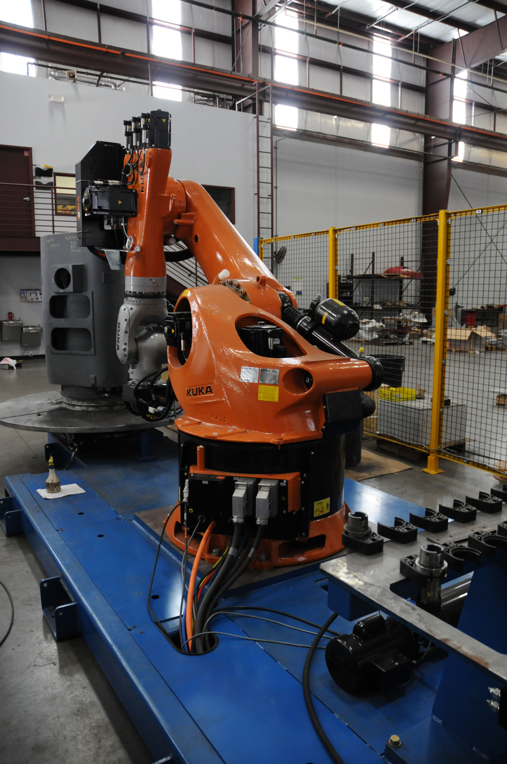 Robotic Drill and Tapping System on Cast Iron Units